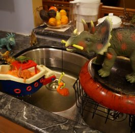 Dinosaurs go fishing